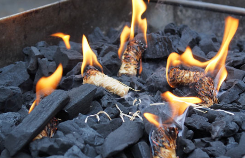 25 Essential Camping Hacks To Turn You Into A Camping Pro ...